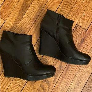 Only worn once! Wedge heel bootie